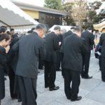 王さんに一本足打法を指導した荒川博さんのお葬式。旅立ちは宮型霊柩車で