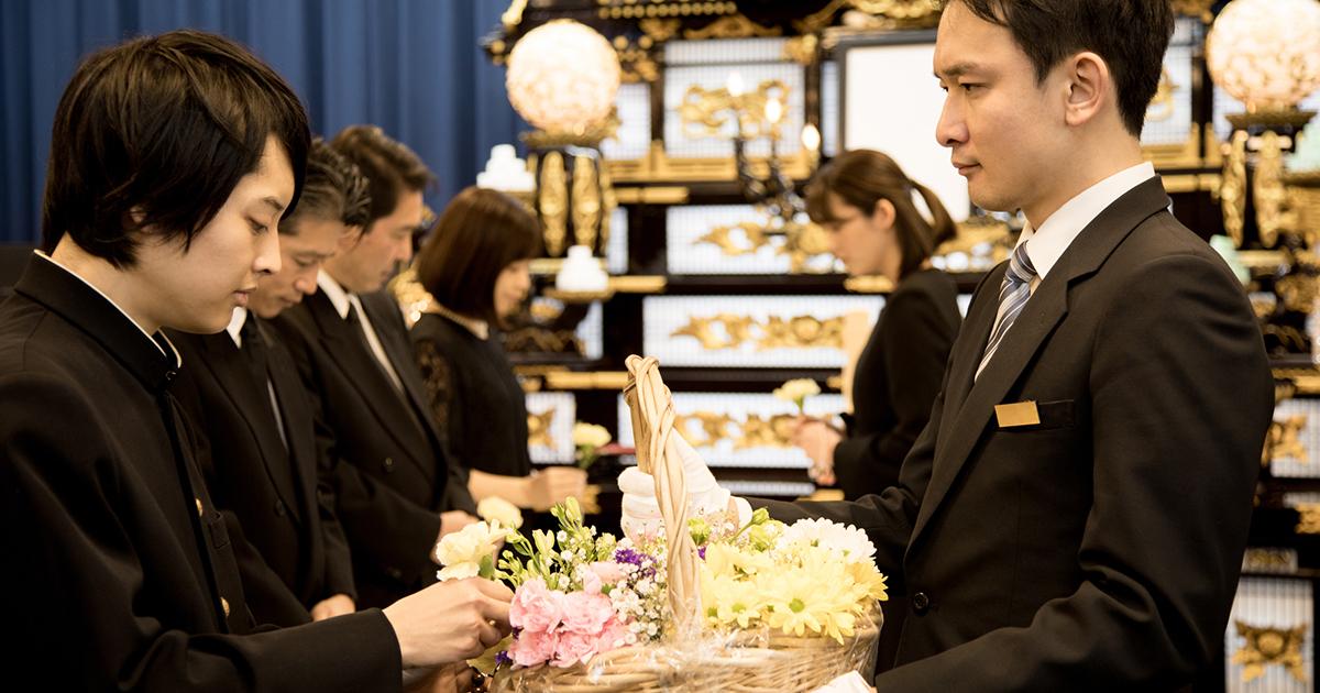新型コロナウイルスが流行る中、喪主と参列者がお葬式で気を付けたい ...