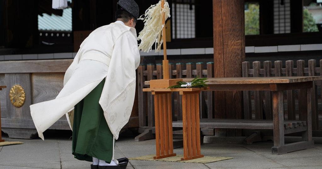 厄除けや厄払いは、立春までに行うのが習わしとされているため、元旦から旧暦のお正月である節分の頃までに行うのが最も適しているといえます。元旦から祈祷が可能な場合がほとんどなので、初詣に合わせて行う方が多いです。