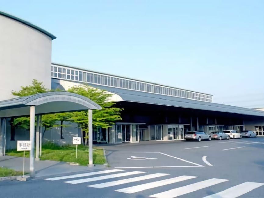 大阪市立瓜破斎場の外観。大阪市内の公営斎場・火葬場で家族葬が可能