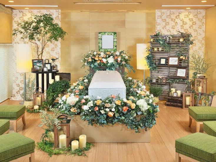 メモリアルハウス 花堀江の葬儀式場の内観。大阪市内の家族葬専用の葬儀場
