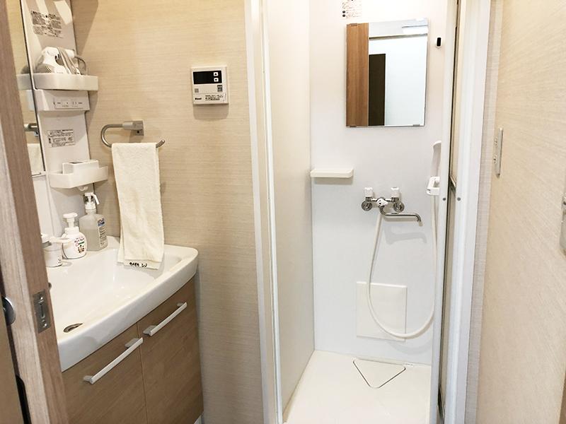 亀岡篠ホール(京都府亀岡市)の親族控え室に併設されているシャワールーム